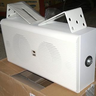 Loa TOA BS-1110W có sẵn giá treo loa