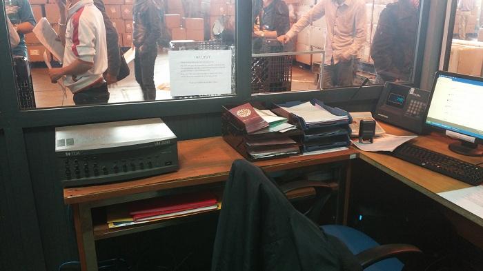 Hệ thống bàn gọi - Micro thông báo tới khách hàng tại các Cabin