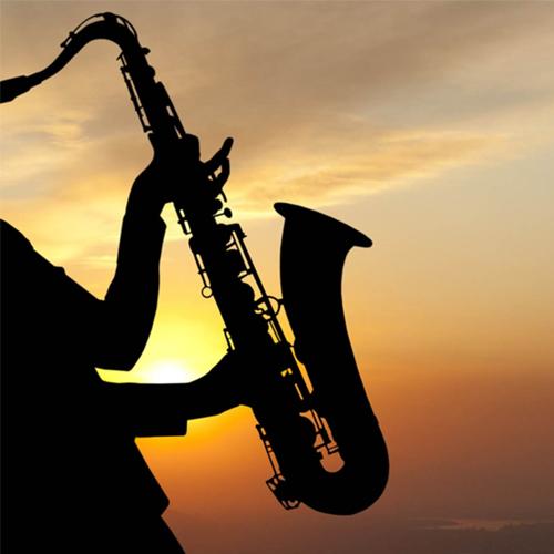Kèn alto saxophone cho âm thanh sân khấu biểu diễn